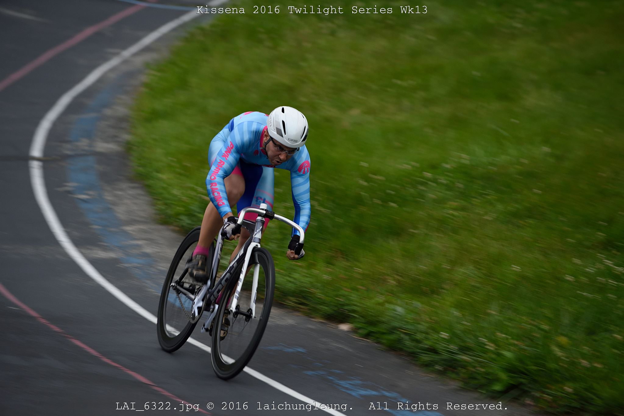 NICK GERSHBERG - HOMETOWN: NYC, NYCURRENT CITY: NYC, NYUSAC CAT: TRACK - THREEYEARS RACING: FOURACHIEVEMENTS: FINISHING A RACE SECOND AFTER AN EARLIER CRASH THAT BROKE FOUR RIBS; NYS TRACK CHAMPIONSHIPS SCRATCH RACE BRONZE MEDAL (M123)WHO WOULD PLAY YOU IN A MOVIE: CATE BLANCHETTFUN FACT: