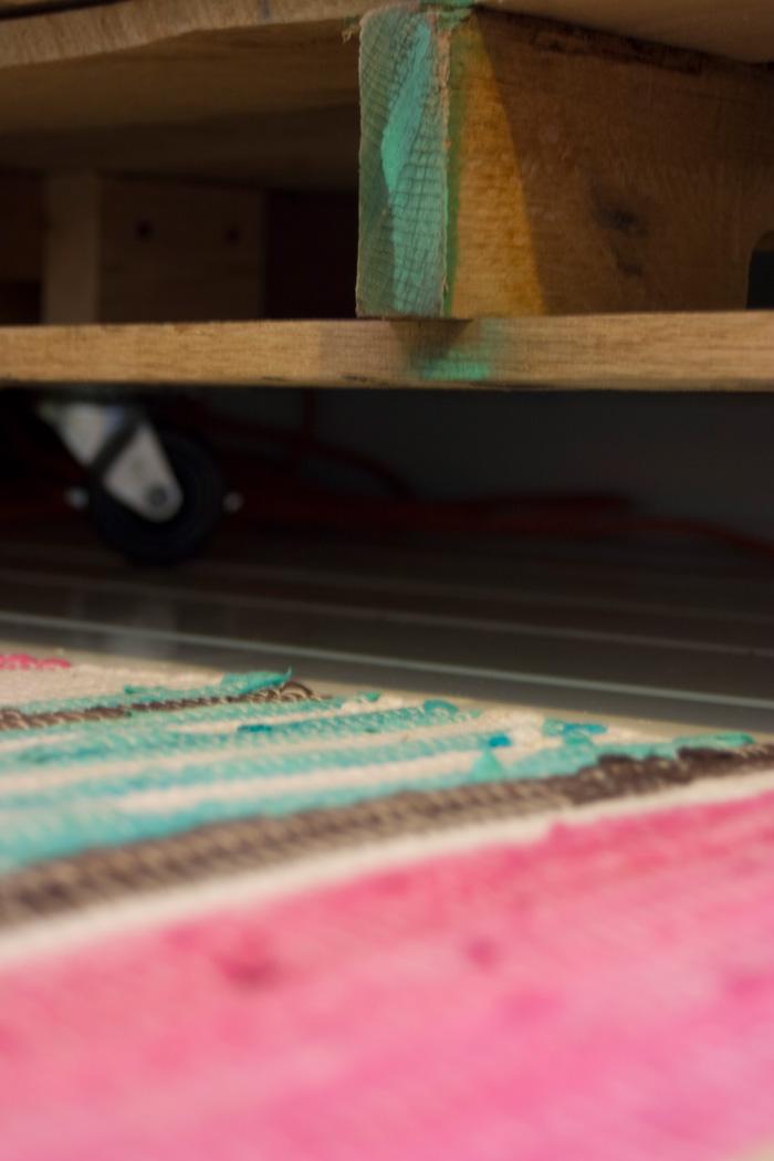 toddler-pallet-bed-05.jpg