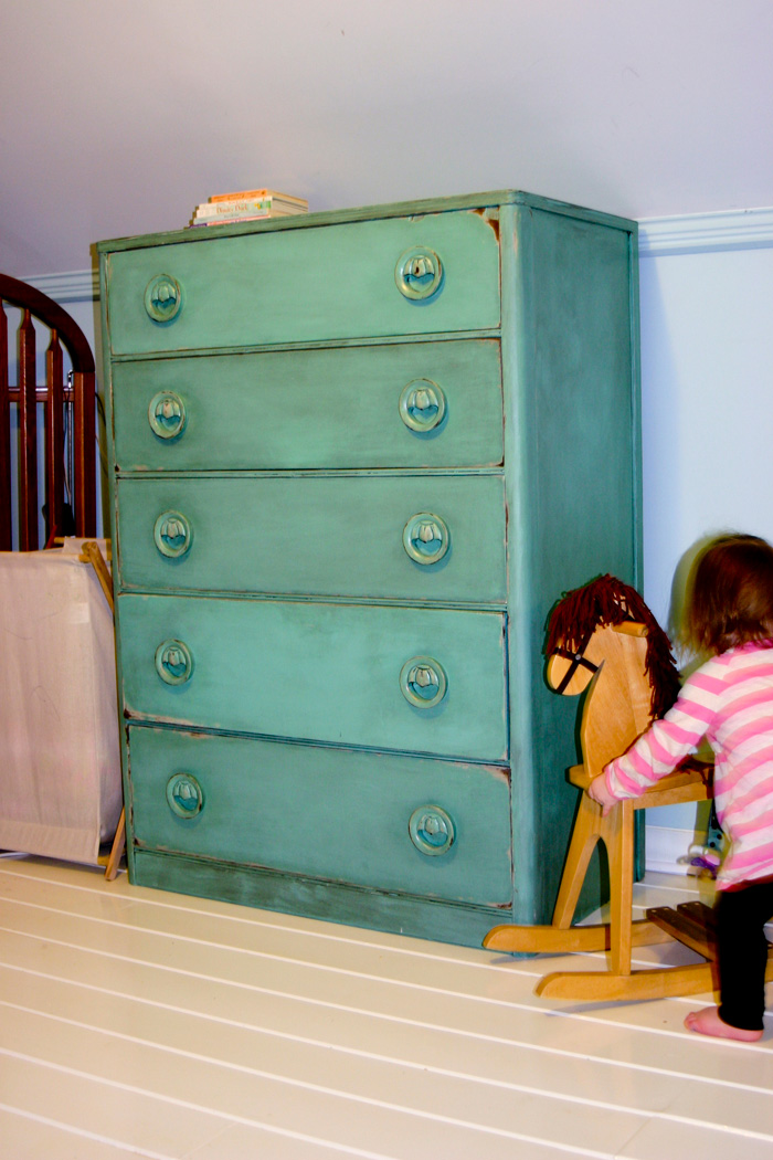 diy-distressing-dressers-11.jpg