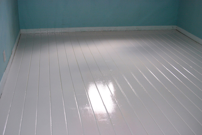 diy-painted-white-floors-03.jpg