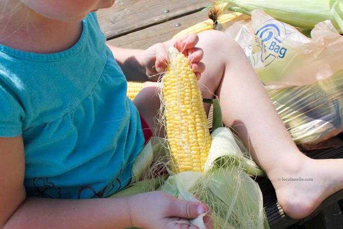 chipotle-butter-corn-cob-01.jpg