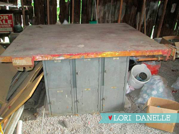 LoriDanelle_WorkTable_01.jpg