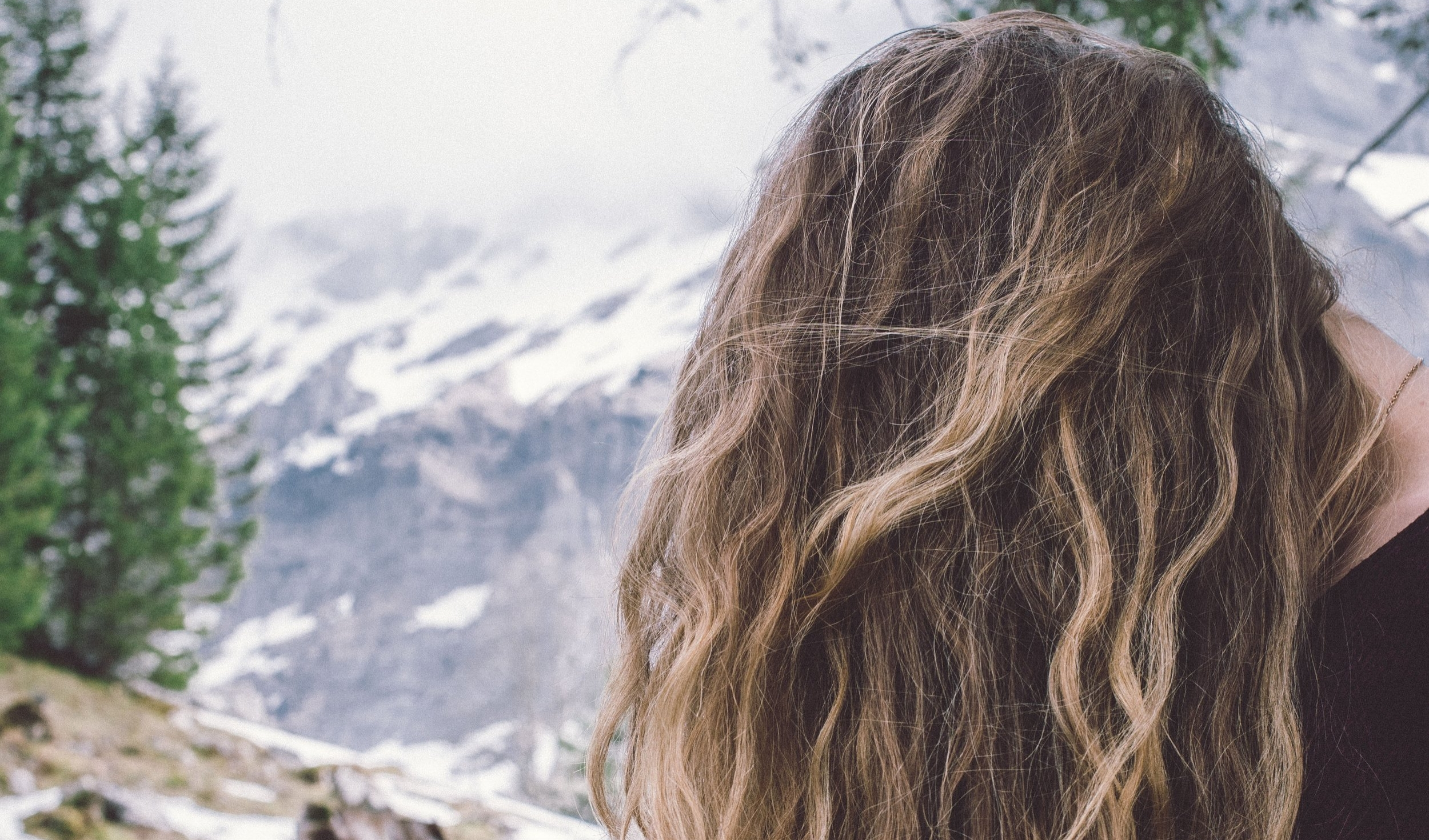 15 Easy Ways To Keep Your Hair Healthy In Winter Mockingbird