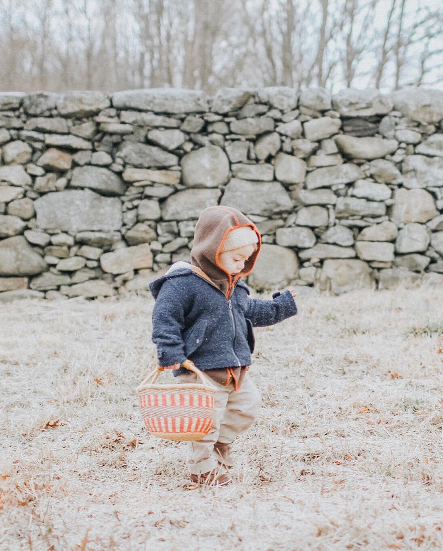 foraging-children-basket.JPG