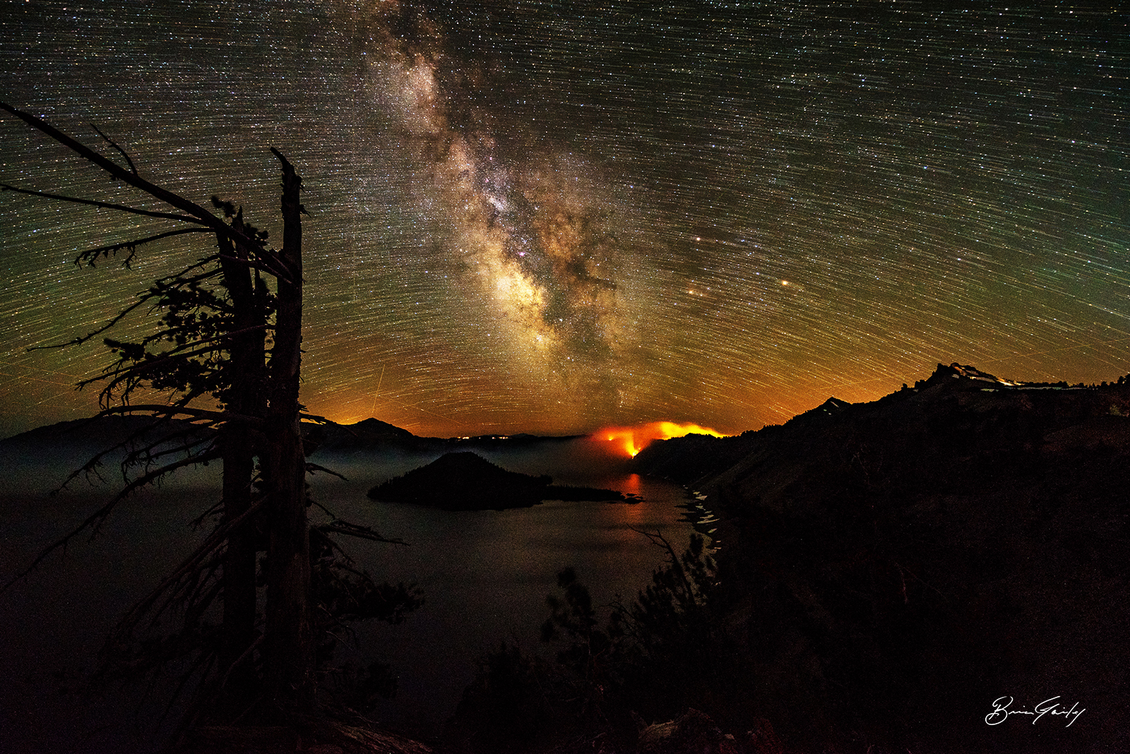 Night on the Bybee Fire ( Brian Gailey Photography )
