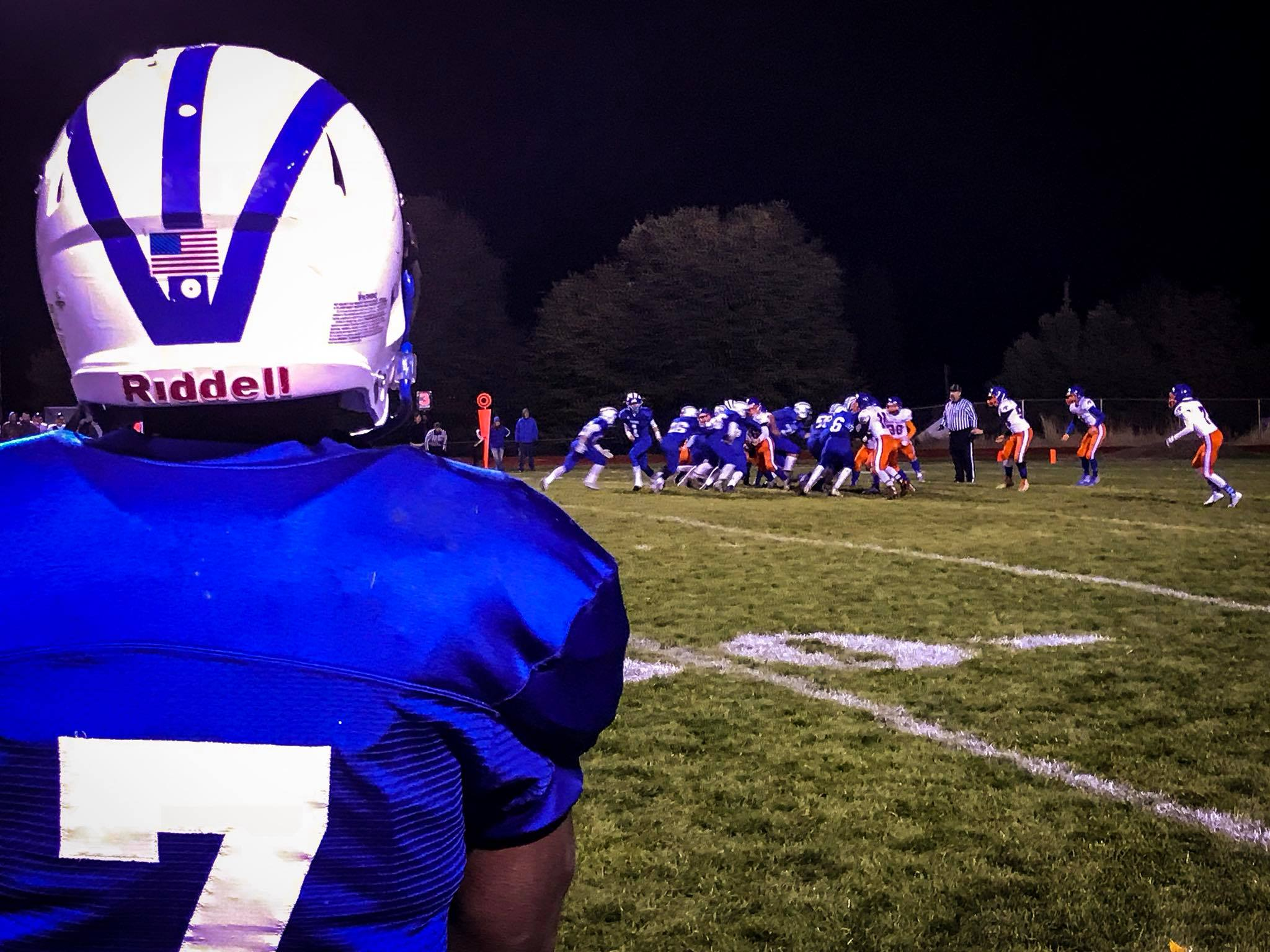 End of the 3rd |Game of the Week - Hidden Valley at Mazama. Mazama leads over Hidden Valley 54-6. (Brian Gailey)
