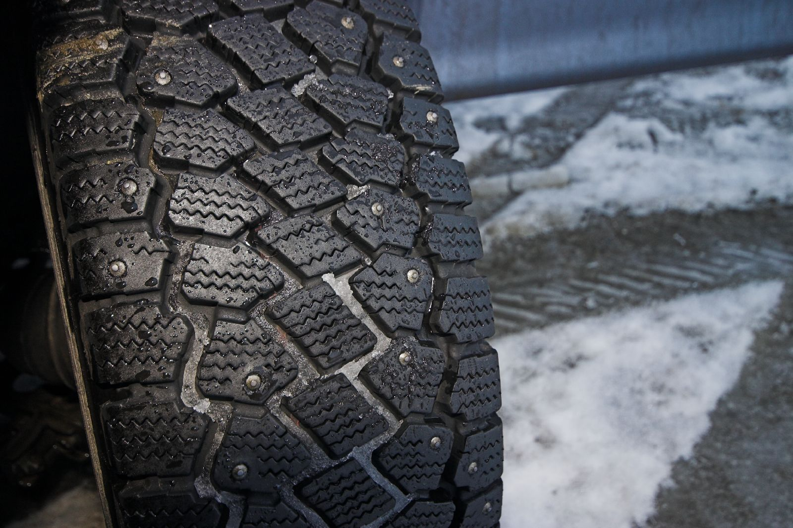 Studded Snow Tire, Image: Jon Bowen