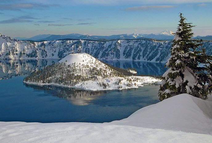 Winter View of Wizard Island (NPS)