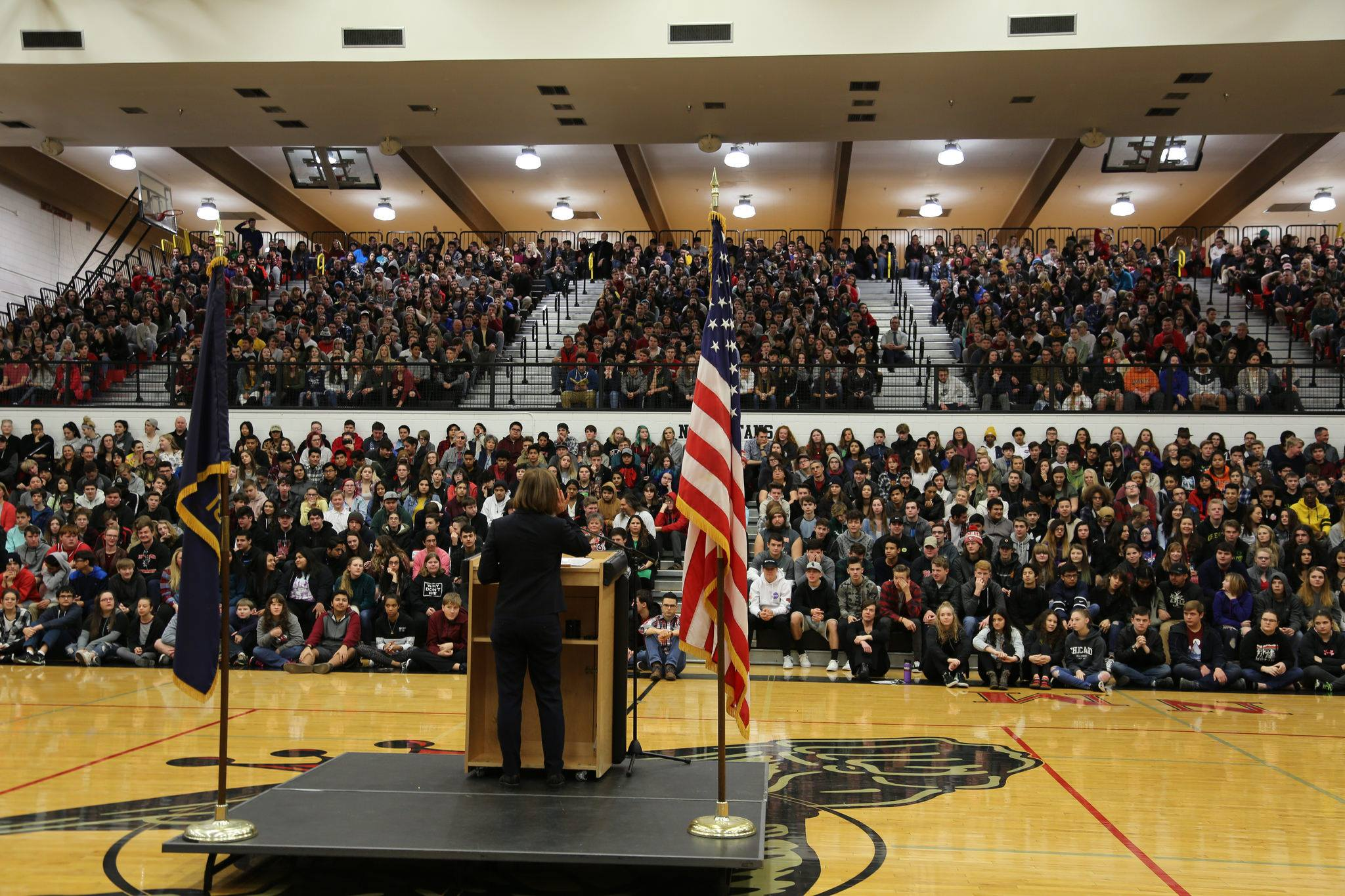 Governor Brown addresses students from North Medford High School.