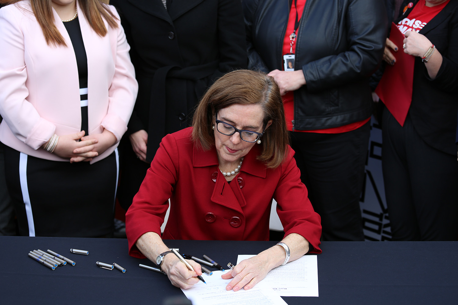 Oregon Governor Kate Brown signs HB 4145 in to law, February 5, 2018 (Office of the Governor Kate Brown)