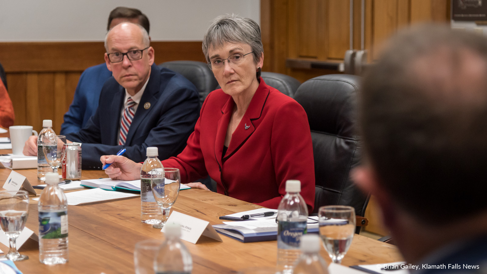 Secretary Wilson listens to Paul Stewart, CEO of Sky Lakes Medical Center about medical issues of the Klamath Basin. November 3, 2018 (Brian Gailey)