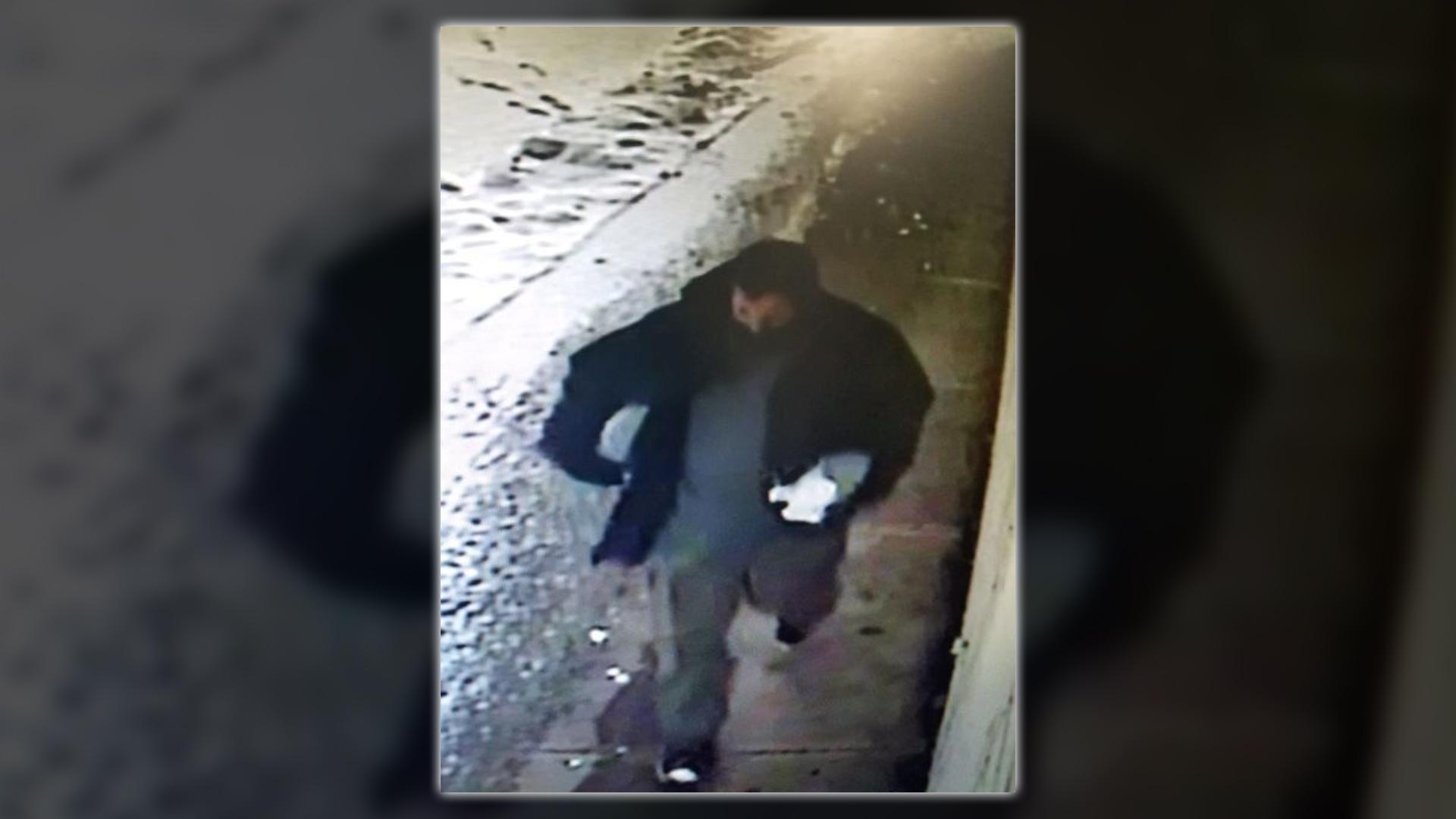 Surveillance footage of the suspect. (Klamath Falls Police Department)