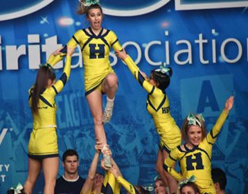 Henley cheerleading nationals 1.jpg