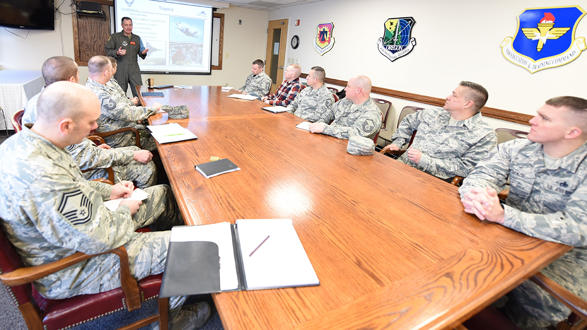 """U.S. Air Force Col. Jeff Smith, 173rd Fighter Wing commander, speaks during a small group discussion at February 21, 2019 at Kingsley Field in Klamath Falls, Ore. This program, labeled """"SLED Talks"""", a play on the name of the highly popular TED talks, was started to communicate with Airmen across the base in smaller group setting of 12 or less individuals. (U.S. Air National Guard photo by Senior Master Sgt. Jennifer Shirar)"""