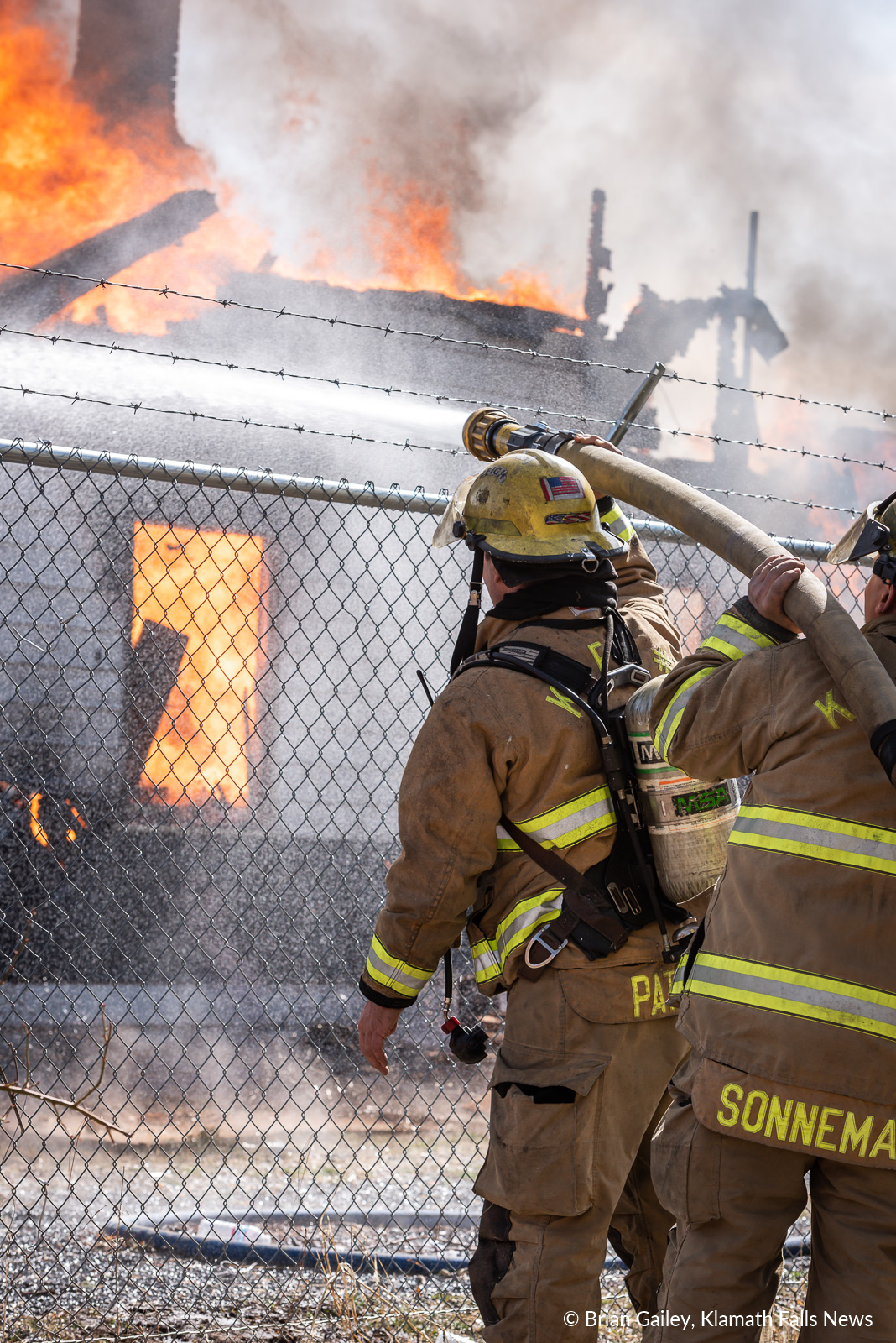 Klamath County Fire District 1, burn to learn training exercise. March 14, 2019. (Brian Gailey / Klamath Falls News)