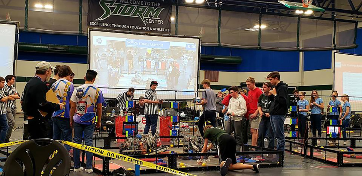 Teams compete at the 2019 Oregon State Robotics Championships.