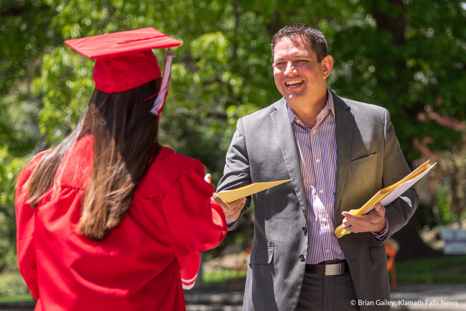 GraduationSensation2019-KFN-3127.jpg