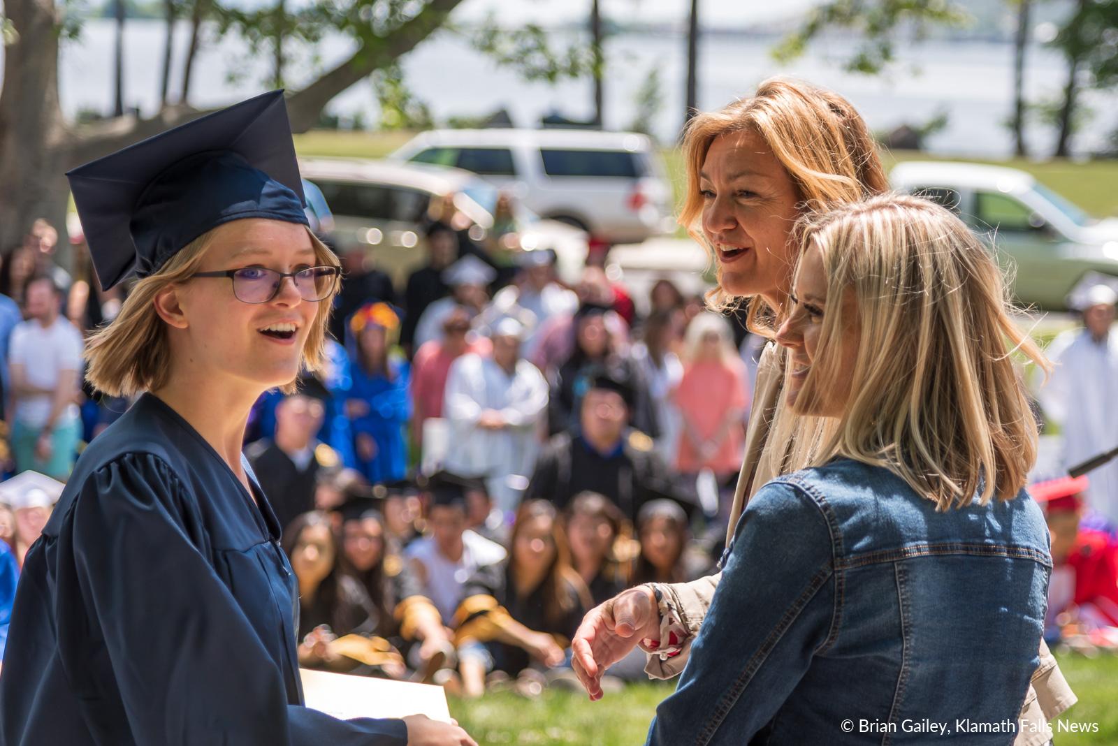 GraduationSensation2019-KFN-3188.jpg