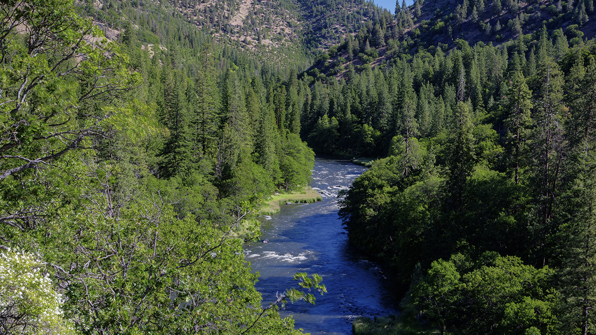 Klamath River Canyon from Keno Dam to the California State line is now under public use fire restrictions. (Image, BLM)
