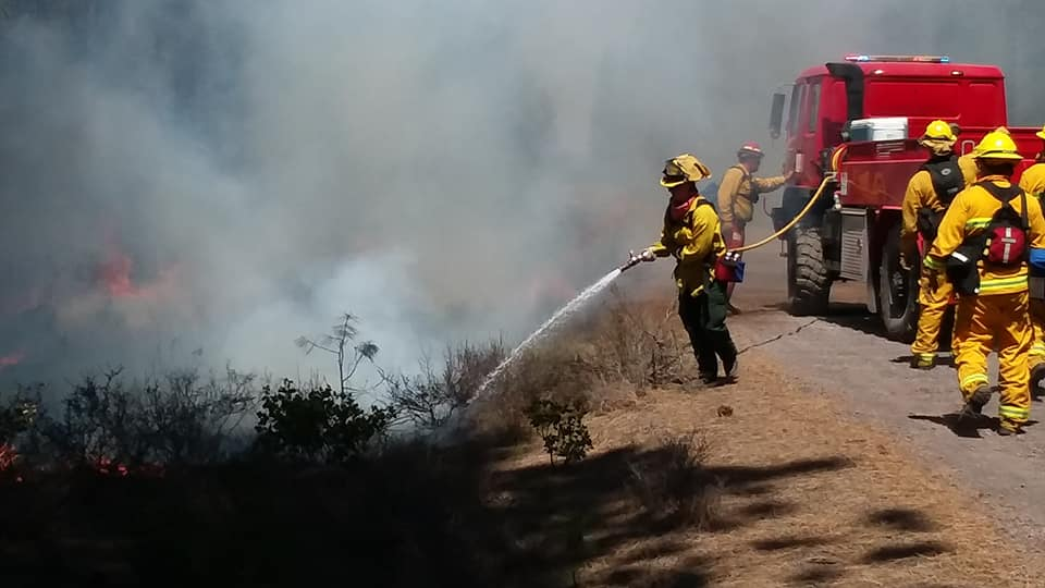 Firefighters train in Central Oregon (Sunriver Fire and Rescue,  Facebook )