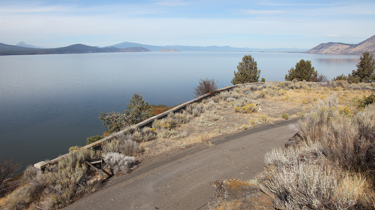 An abandoned scenic overlook along the old The Dalles-California Highway will be examined during a museum-sponsored hike Saturday.