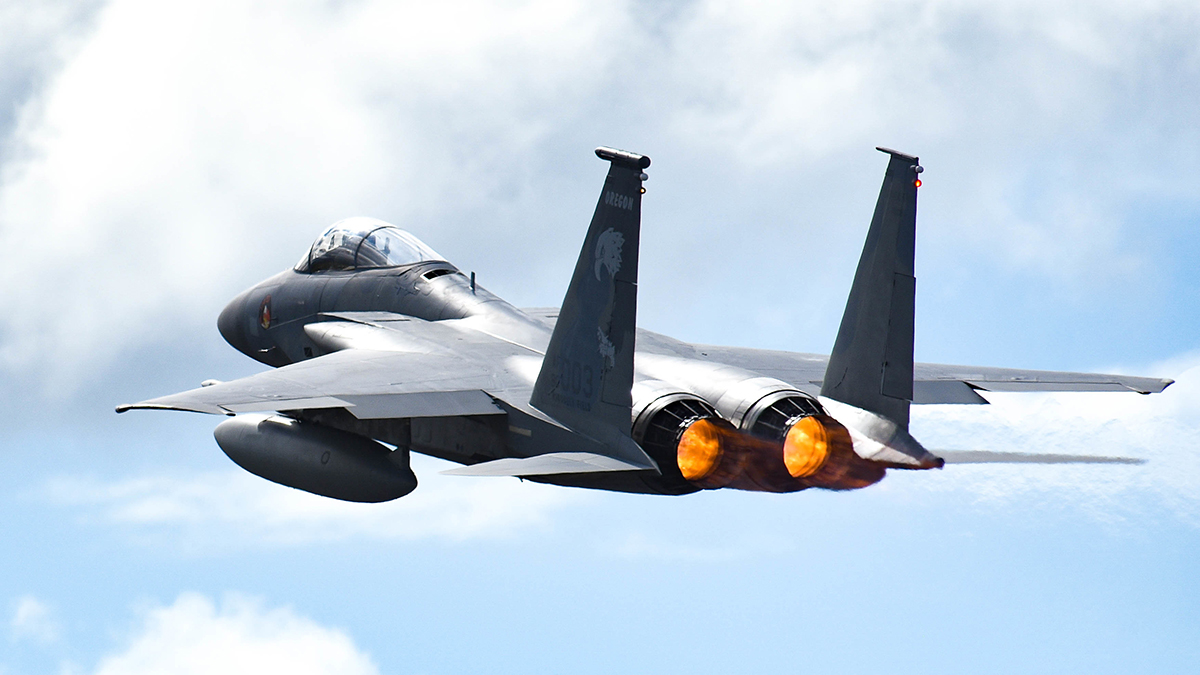 A United States Air Force F-15 Eagle from the 173rd Fighter Wing out of Kingsley Field in Klamath Falls, Oregon, takes off from Joint Base Pearl Harbor-Hickam, August 21, 2019. Aircraft from around the world took part in Joint Exercise Sentry Aloha, a three week coalition exercise at Joint Base Pearl Harbor-Hickam in Honolulu, Hawaii. (U.S. Air National Guard Photo by Airman First Class Adam Smith)