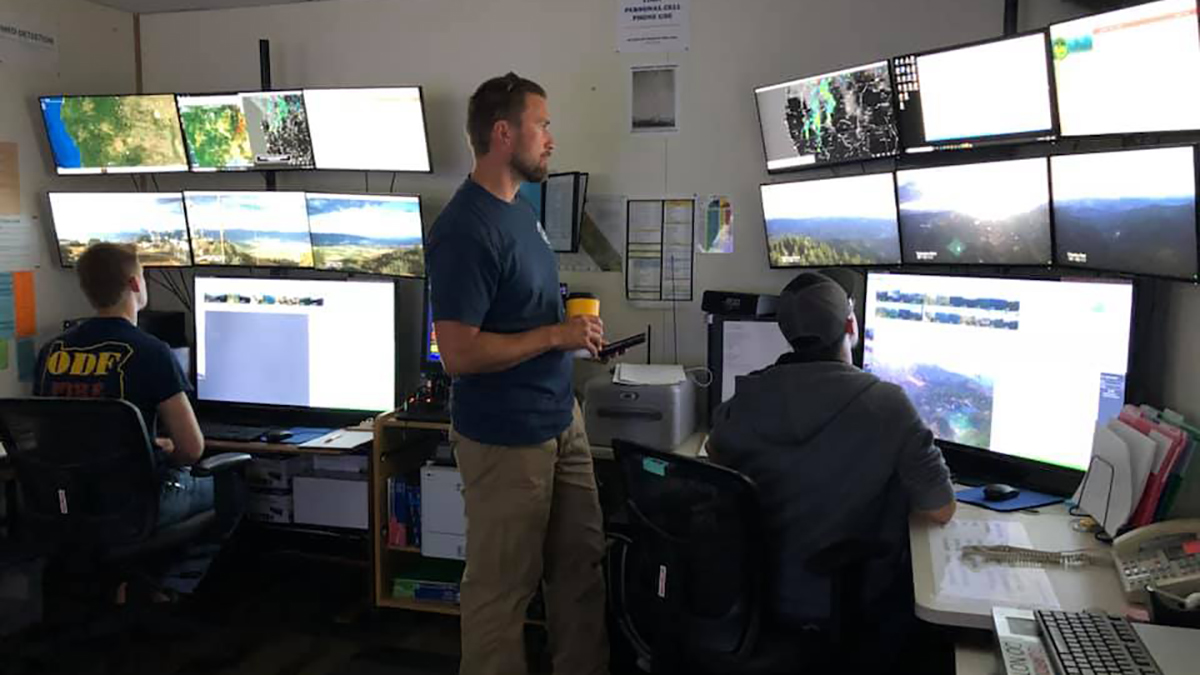 ODF staff monitor conditions in a central location during the 2019 fire season. (Image:  ODF Southwest Oregon District Facebook)