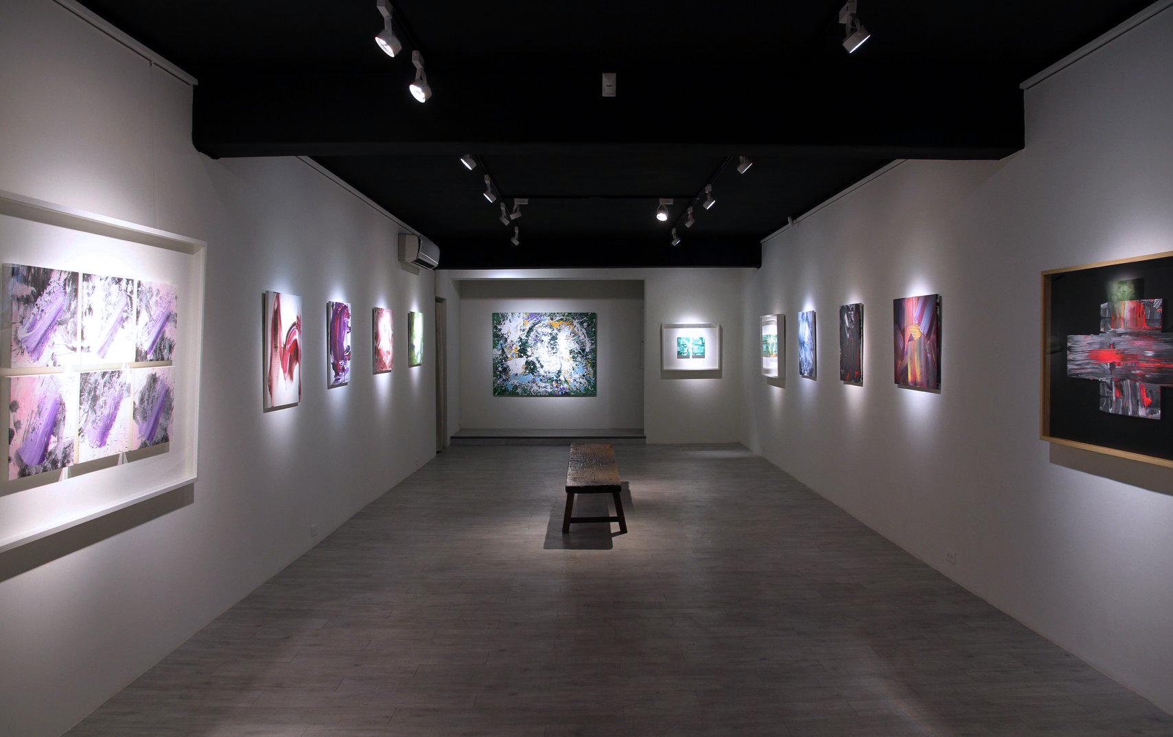 2018黃圻文靈性飛翔個展1.jpg