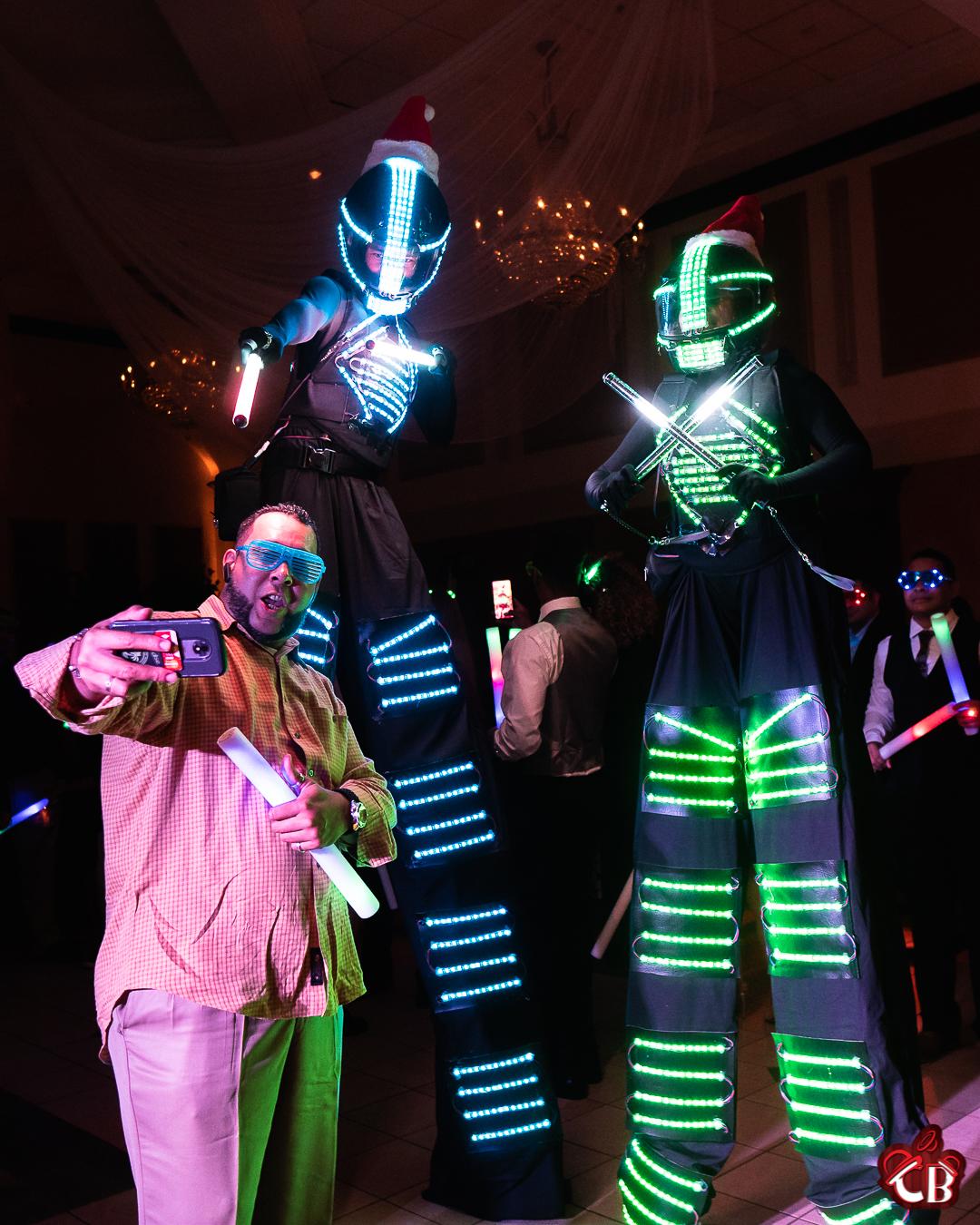 LED Robots IG-4.jpg