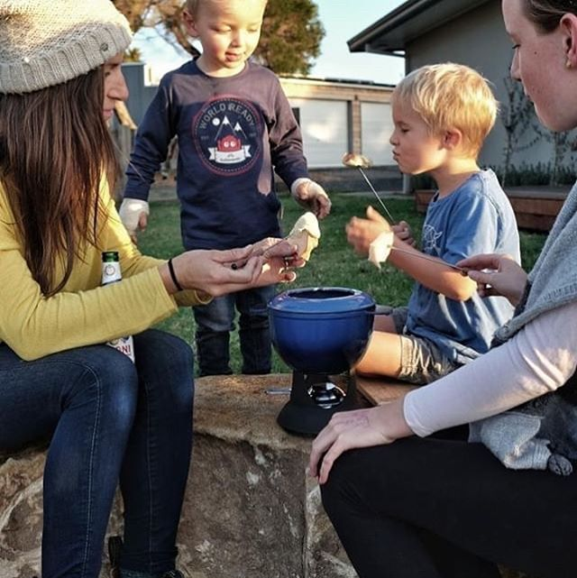 Book your stay during the next school holidays at @fiveacres_phillipisland Cheese fondu or grazing platter by the fire + wine for the grownups! So many great activities for the kids close by. Bring your Winter woollies pull on your boots and get amongst nature. Image via @melbourneandcheese
