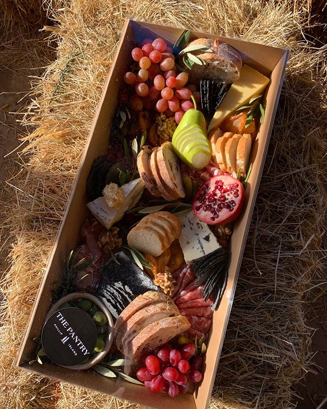 Grazing boxes galore filled with amazing cheese, cured meat, olives, fresh + dried fruit. Delivered anywhere on Phillip Island and San Remo. Check out our accomodation @fiveacres_phillipisland too!