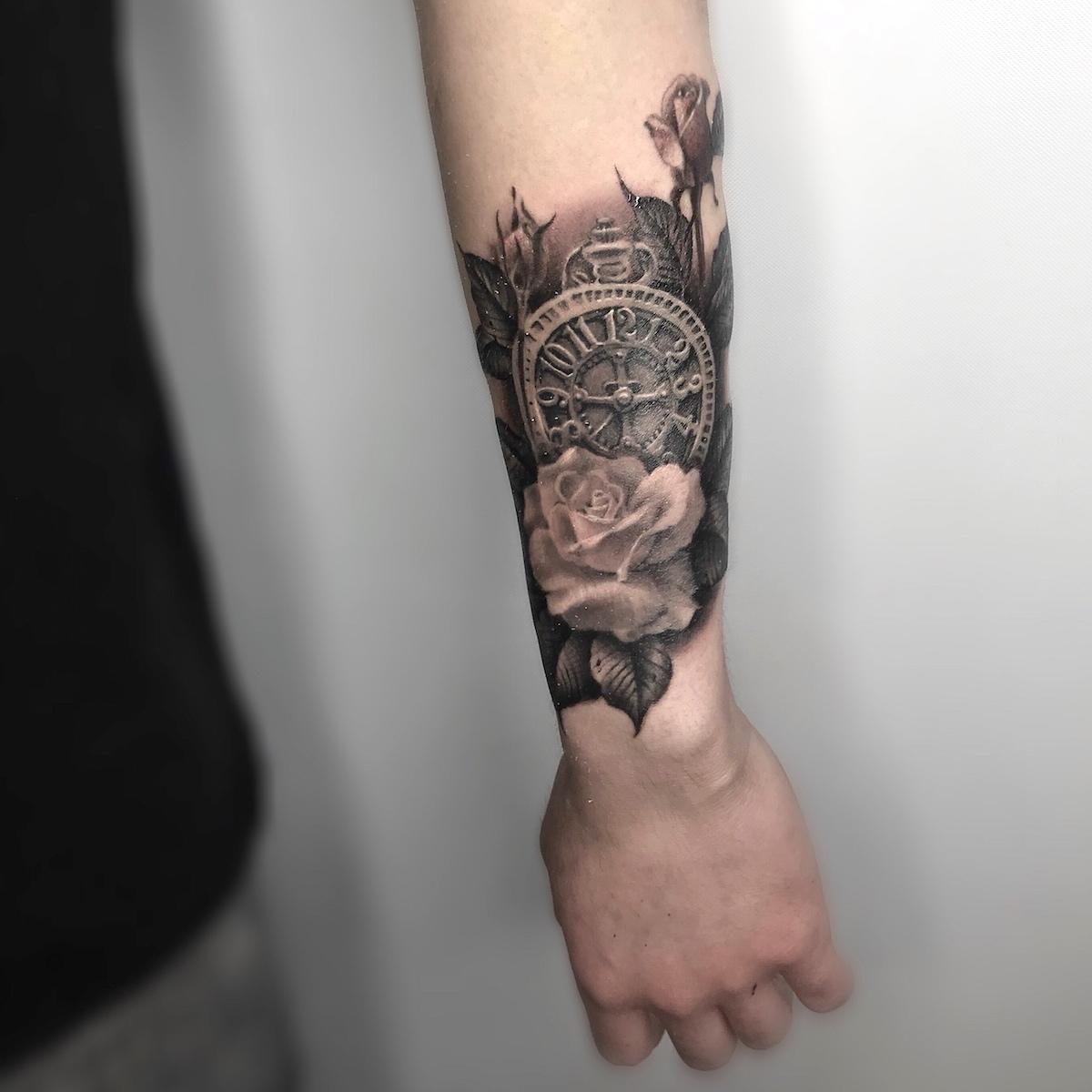 devin bennett scottsdale tattoo artist black grey design.jpg