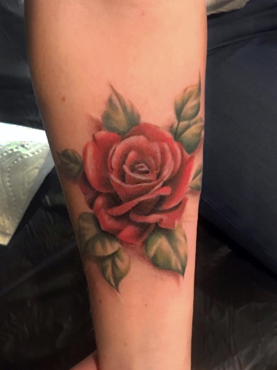 devin bennett rose tattoo scottsdale arizona.jpg