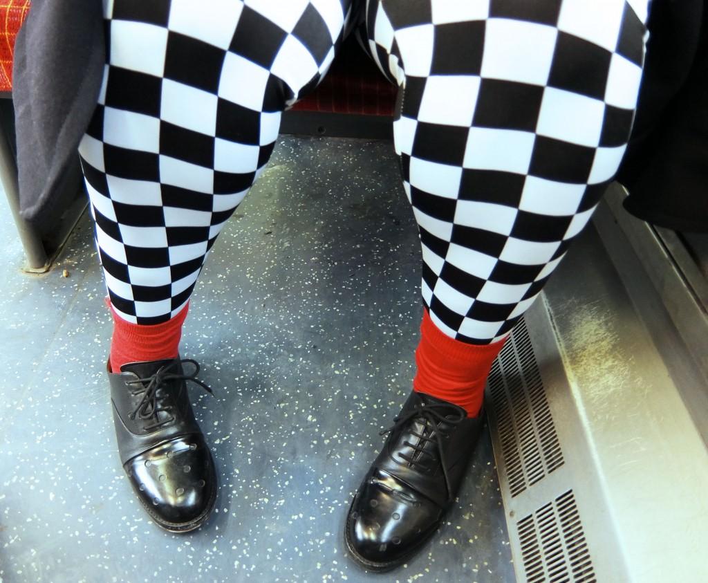 franky's black and white leggings