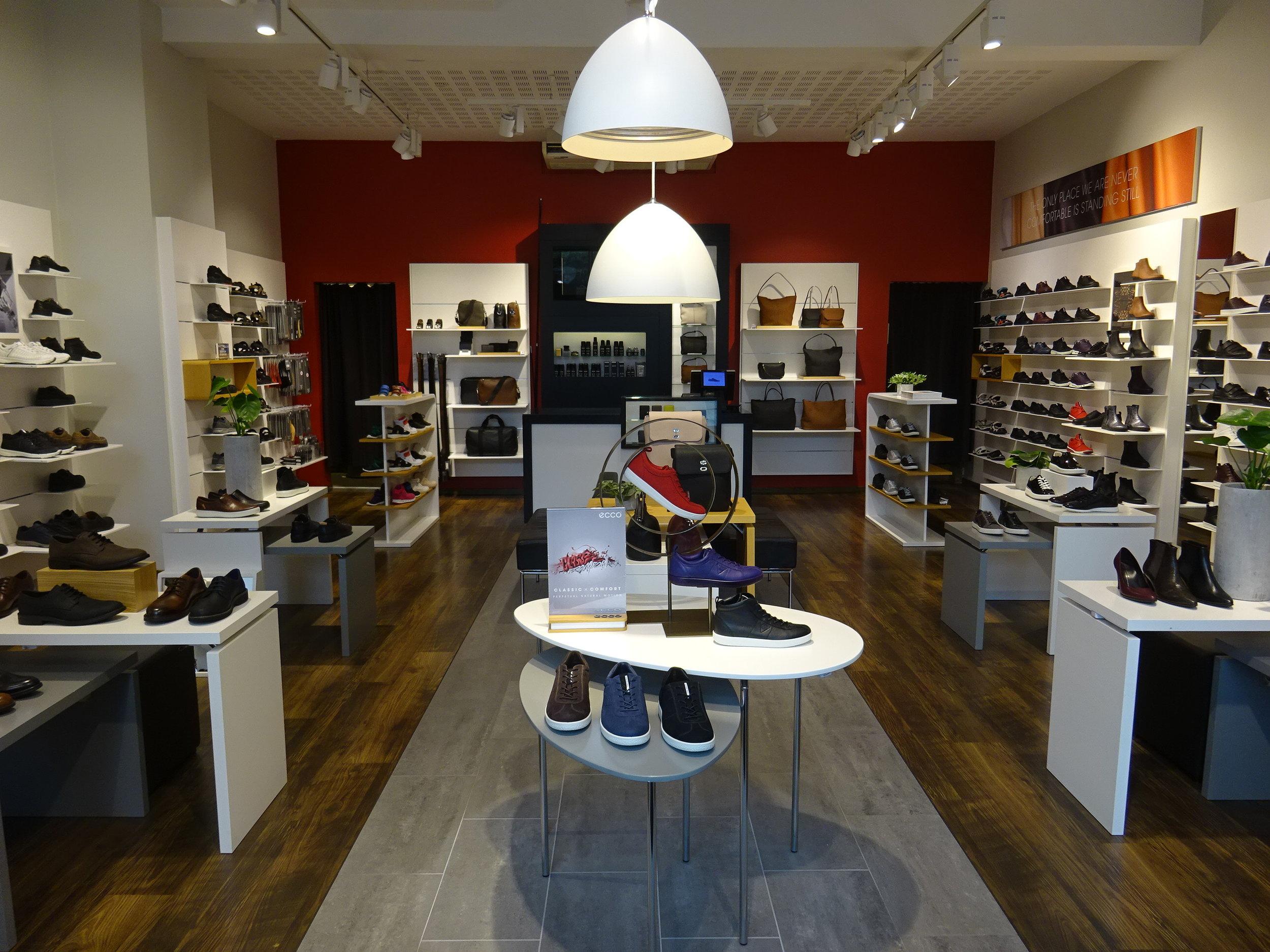 Ecco Aalborg Store After re Merchandising.JPG