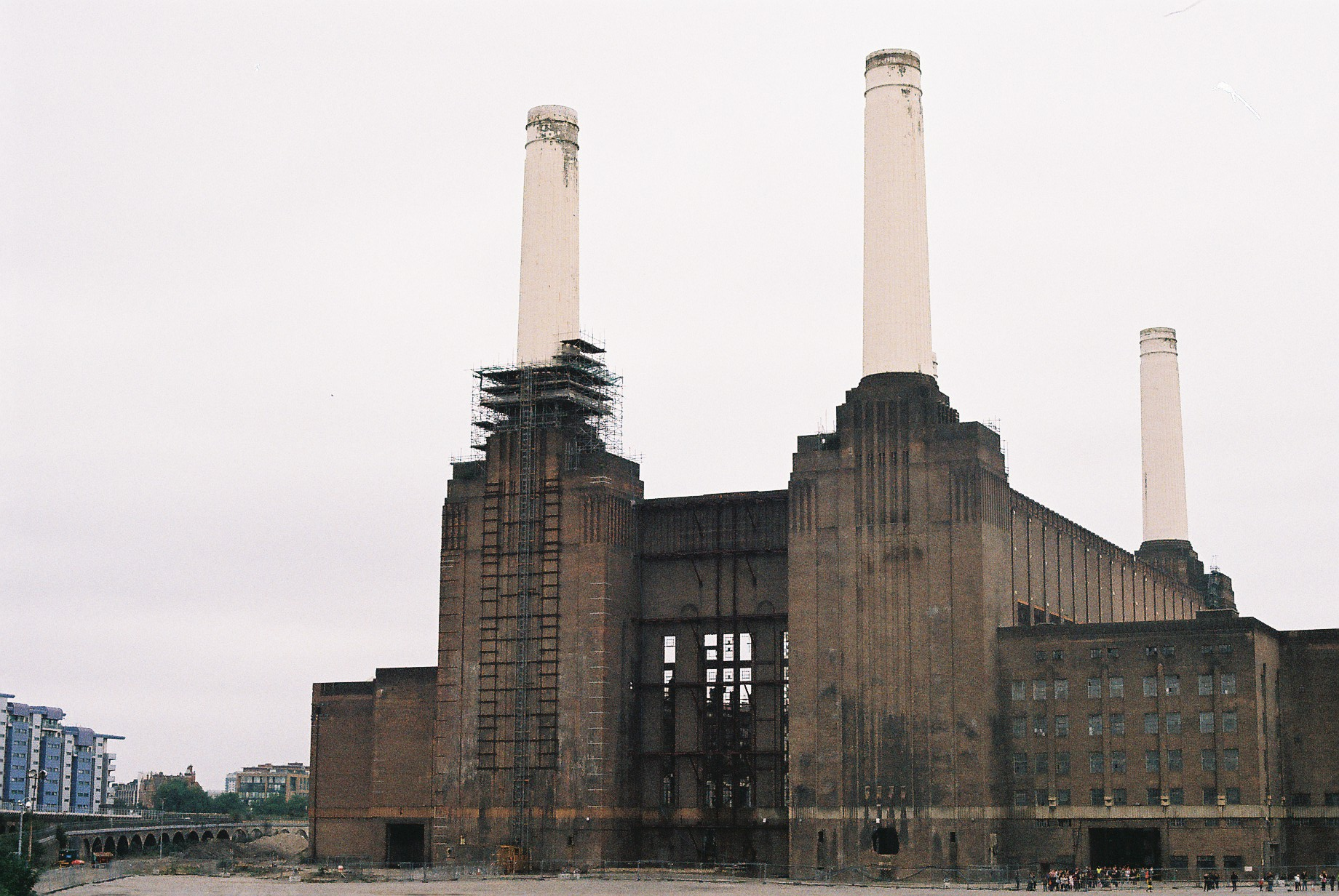 Fred+Howarth+Photography_Battersea+Power+Station_35mm.JPG