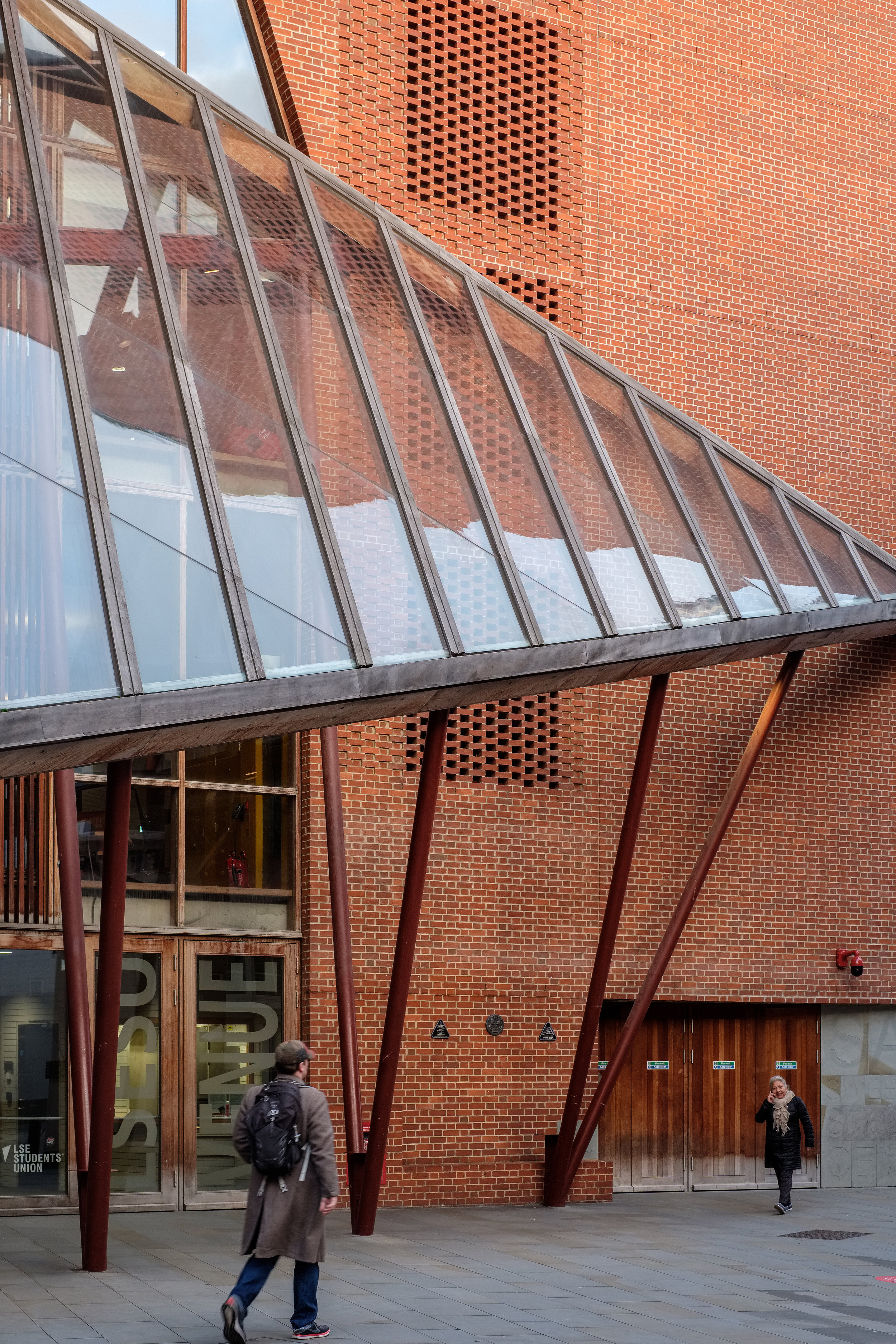 Fred+Howarth+Photography_LSE+Saw+Hock+Building_-8.jpg