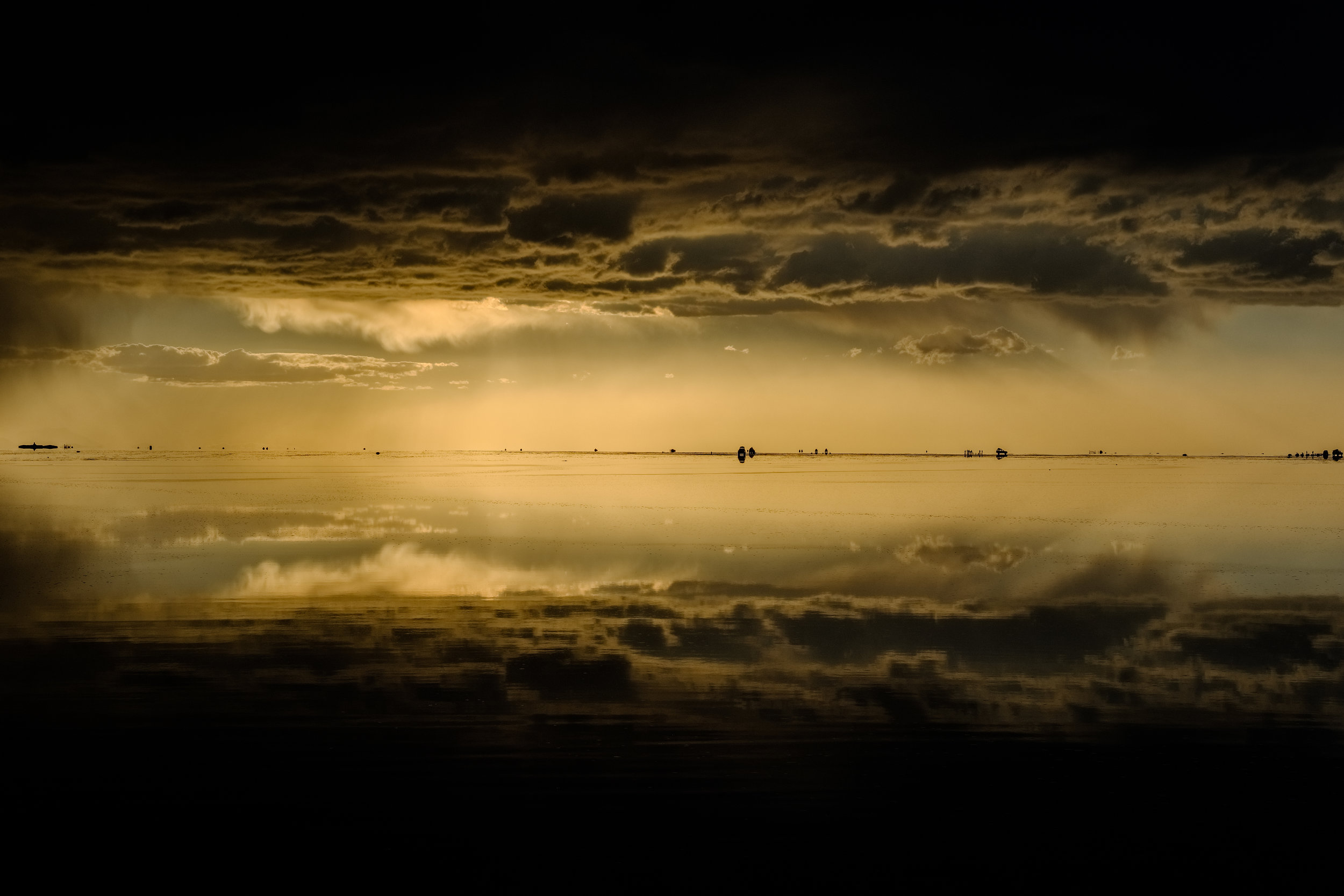Fred+Howarth+Photography_Uyuni+Salt+Flats+Storm.jpg