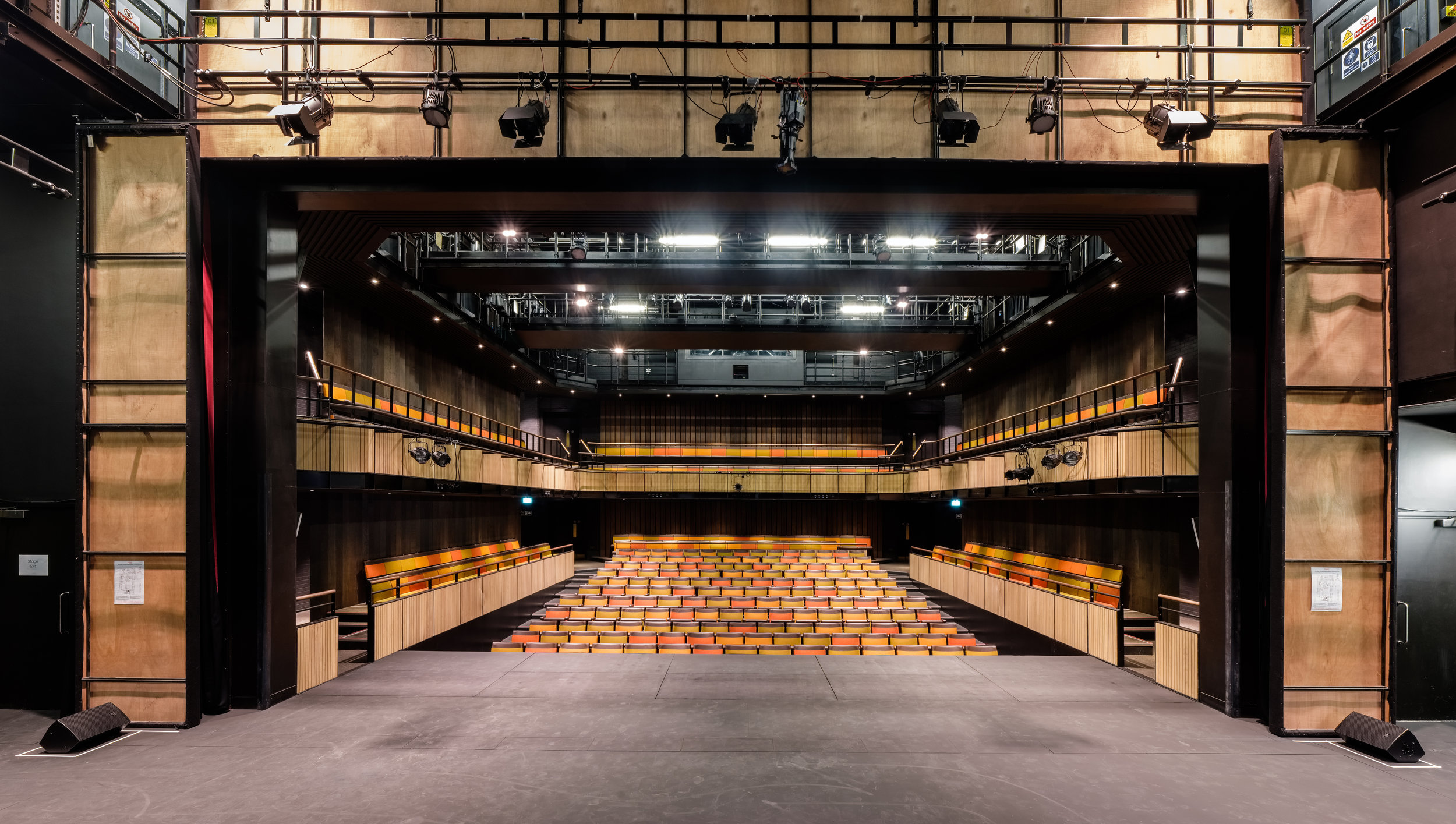Fred+Howarth+Photography_Perse+Schol+Performing+Arts+Centre_04.jpg
