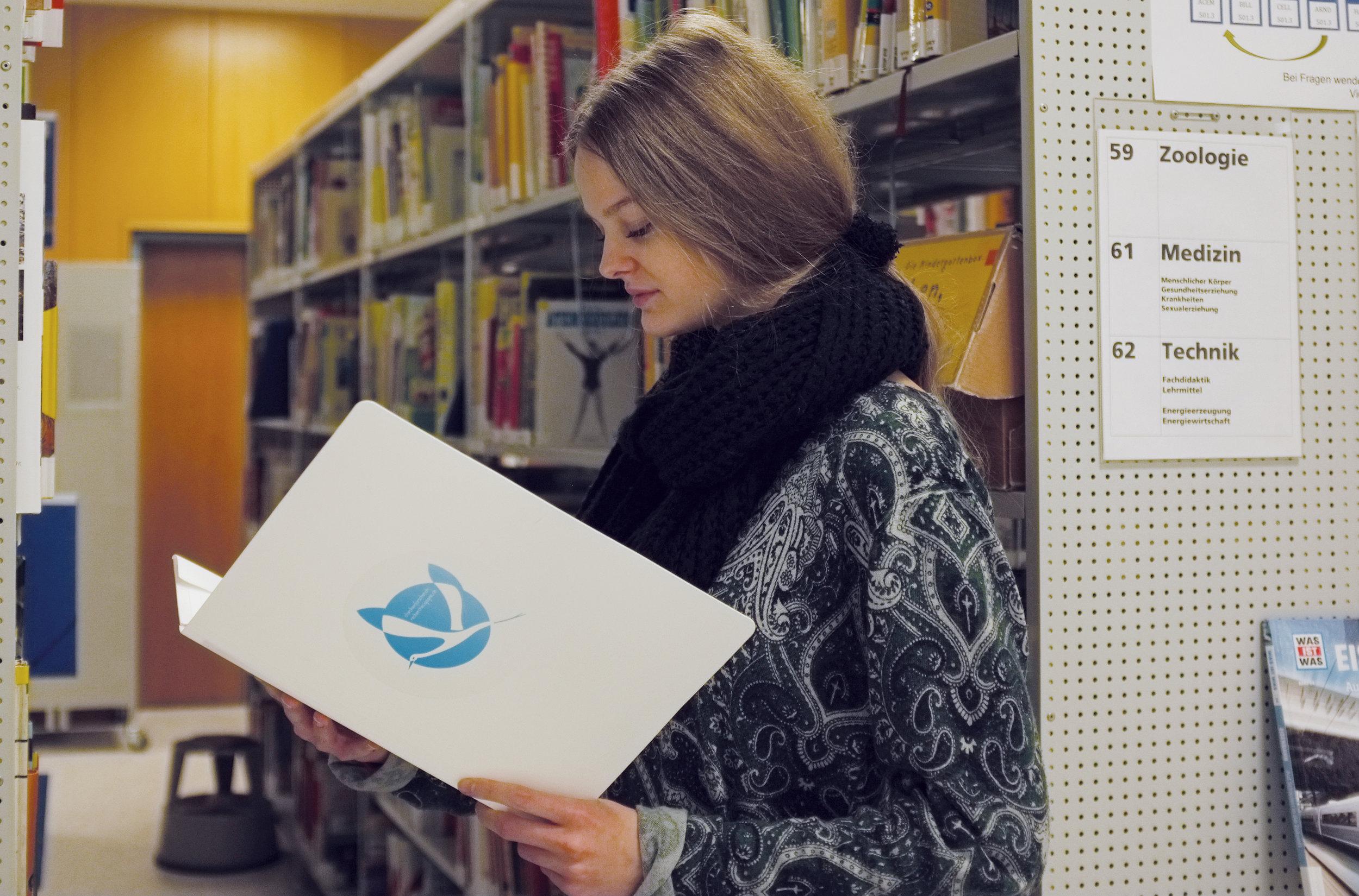 Lernende der Bibliothek PH Solothurn