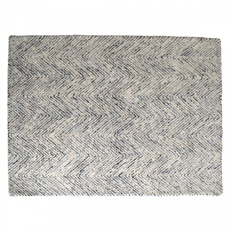 Rug 1 - W120 x H170cmRRP €490For enquiries please call us today on +353 1 4534742 or email info@interiorsatelier.ie