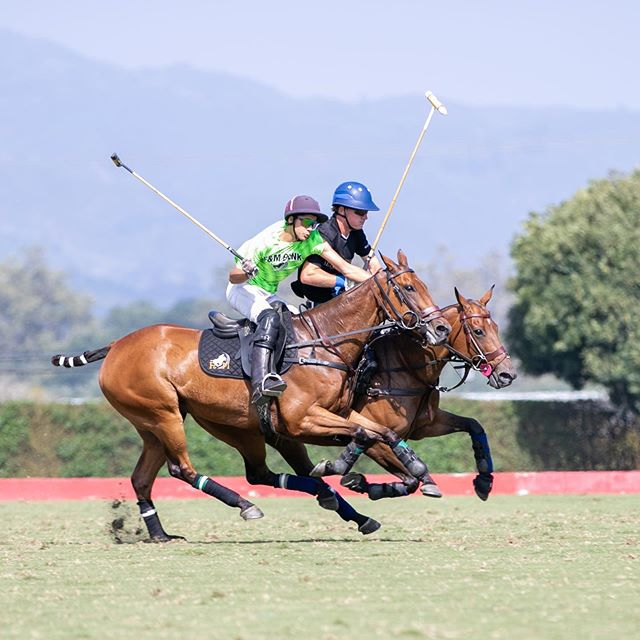 Love me a game of Sunday polo in Santa Barbara... if I lived there I think it would be my weekend ritual! #santabarbarapoloracquetclub #sundayrun #equestrianstyle