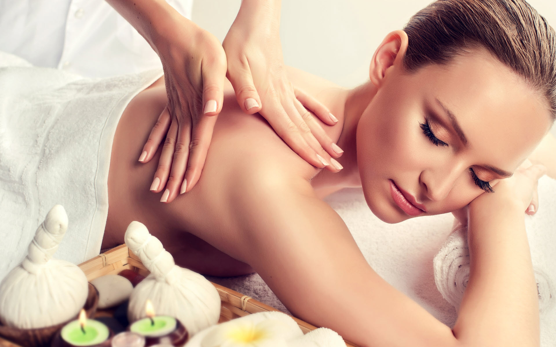 Ultra Beauty Salon in Whyteleafe - Relaxing Massages