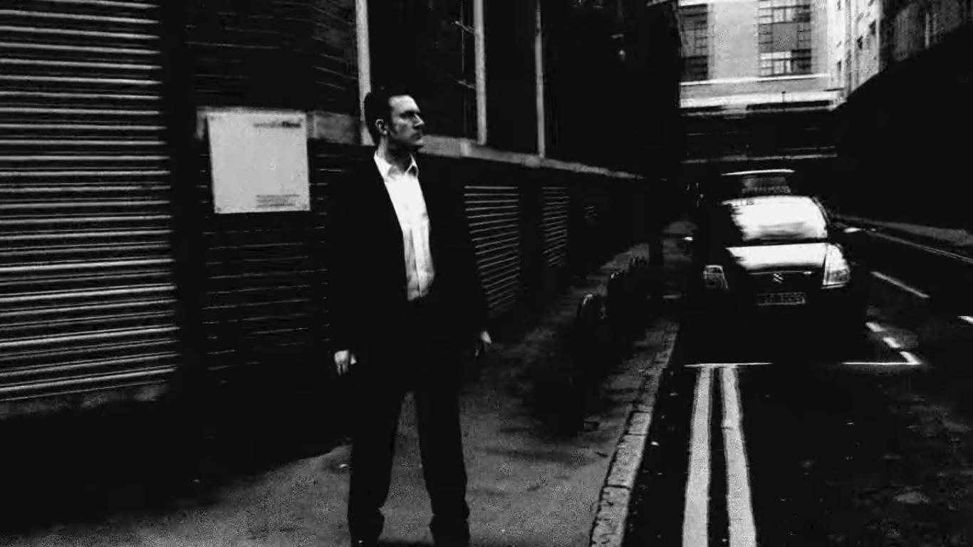 standing still by oidoid / Mark Rathmell