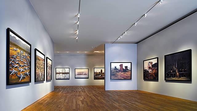 PHOTOGRAPHERS GALLERY