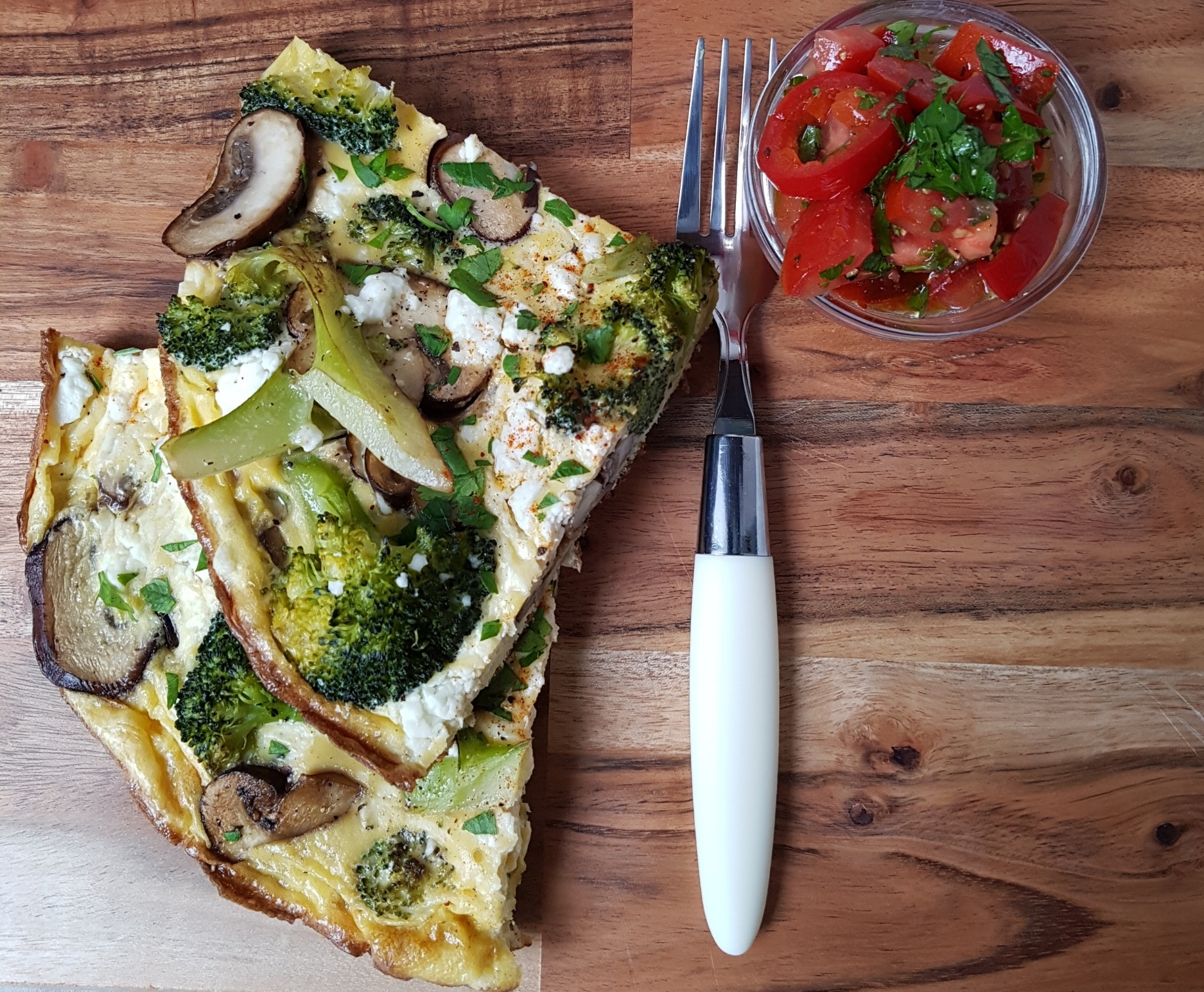 portion-frittata-mushrooms-broccoli.jpg