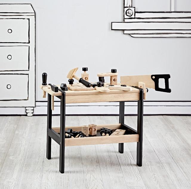 https://m.landofnod.com/if-i-had-a-hammer-workbench-set/s525902