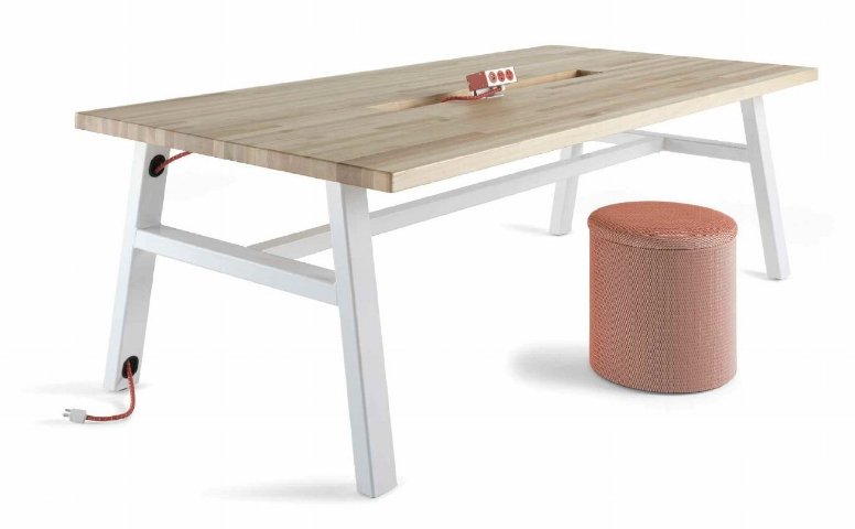 Versteel - Makers Project Table