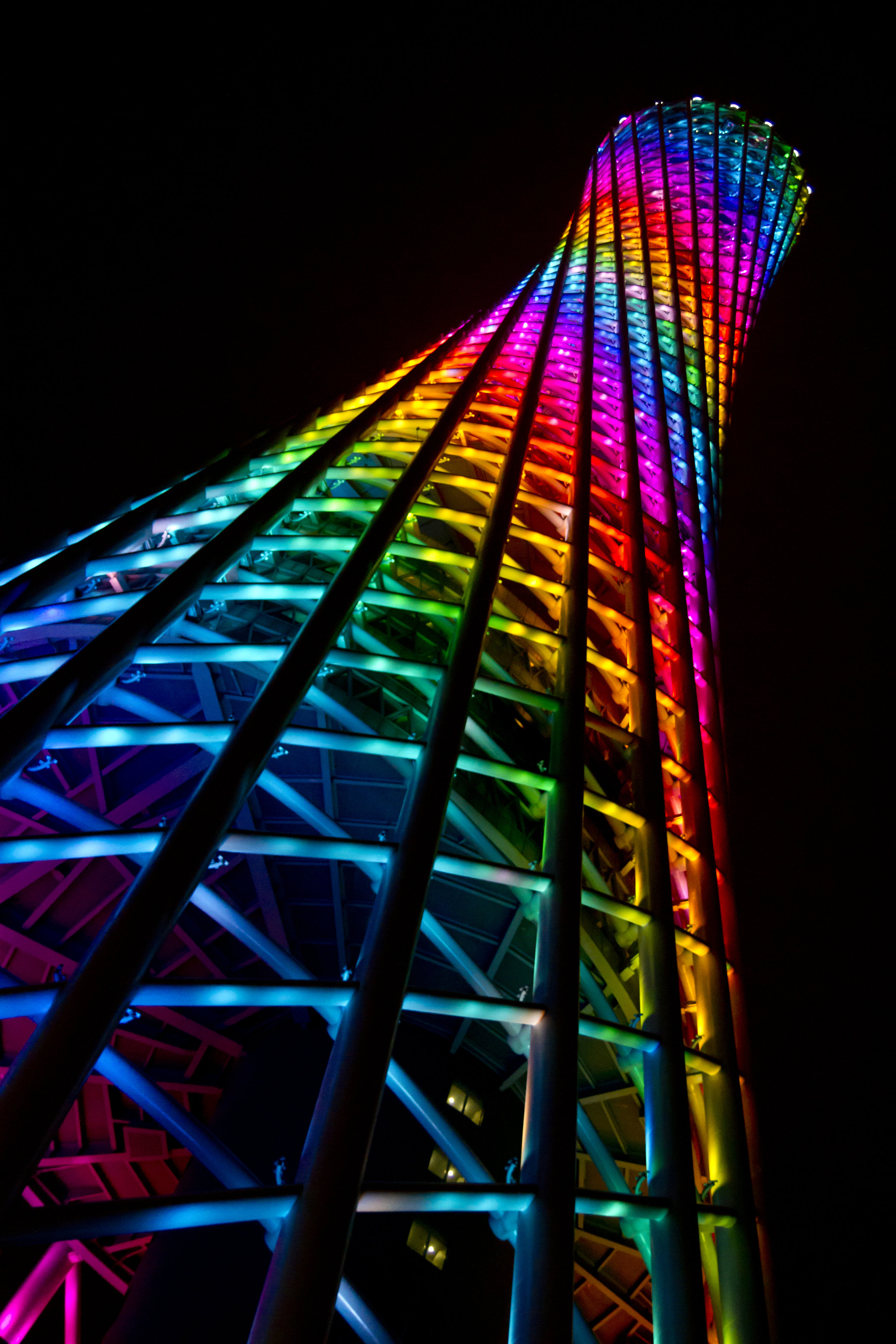 Canton Tower 5.jpg
