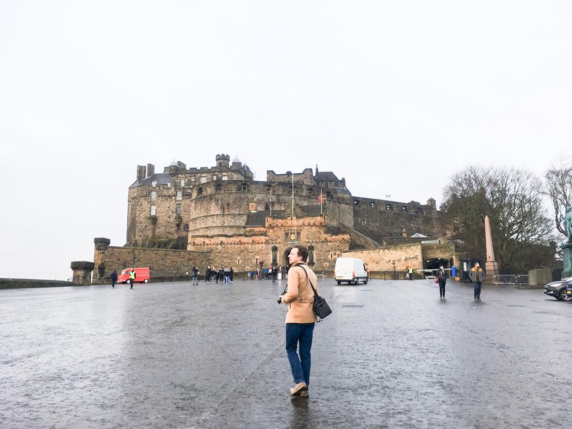 Heading towards the gatehouse of Edinburgh Castle